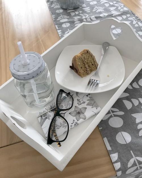 Medium wooden tray3